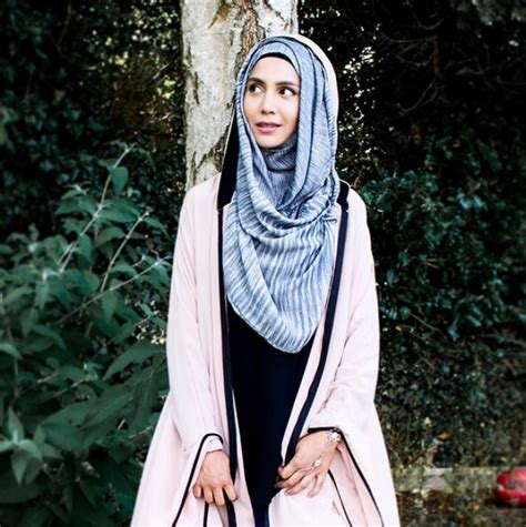 cantiknya amena hijaber inggris seleb sosmed foto
