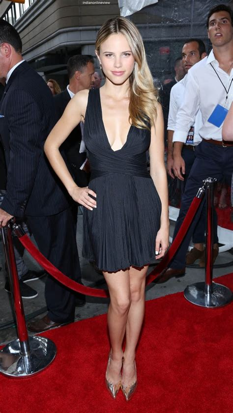 hq celebrity pictures halston sage hot pictures