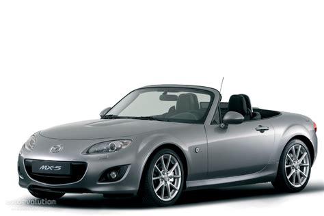 how to learn about cars 2011 mazda miata mx 5 windshield wipe control mazda mx 5 miata specs 2008 2009 2010 2011 2012 2013 2014 2015 autoevolution