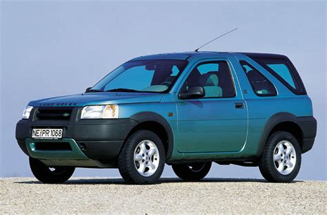 land rover freelander 2 0 d photos and comments www