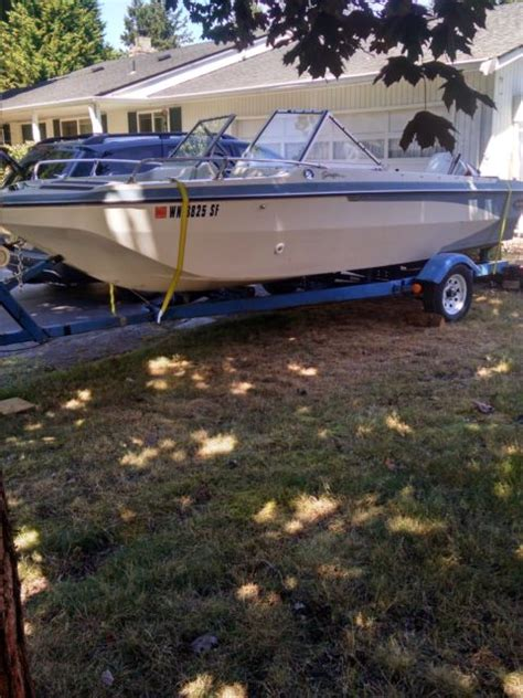 glastron boat trailer parts 17 glastron tri hull boat with trailer and 135hp johnson