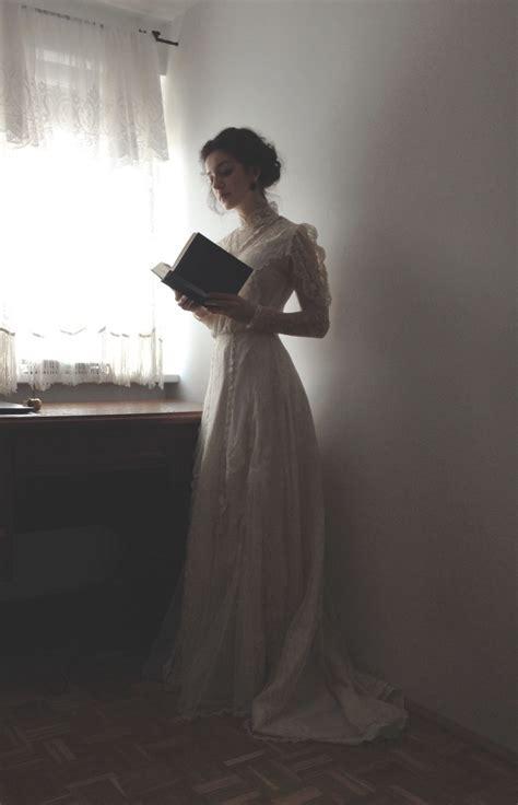 Best 25  Victorian ideas on Pinterest   Steampunk dress