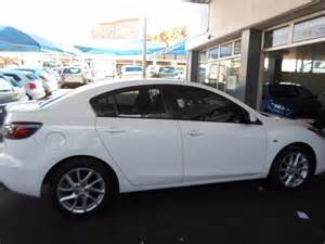 2012 white mazda 3 1 6 dynamic sedan johannesburg cbd