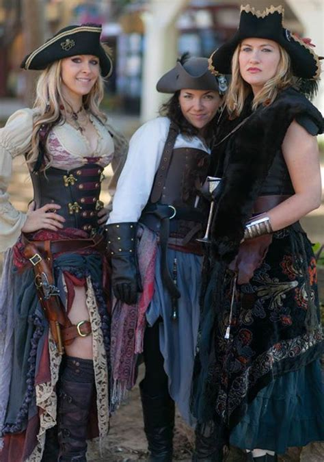 9 Amazing Renaissance Faire Costumes by 25 Best Ideas About Wench Costume On Pirate