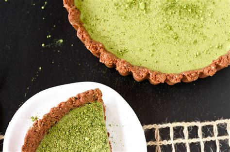 Choco Crust Matcha matcha custard tart with chocolate crust veggies by
