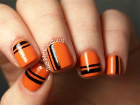 easy nail art orange and black halloween nail art design ideas pumpkins spiderwebs