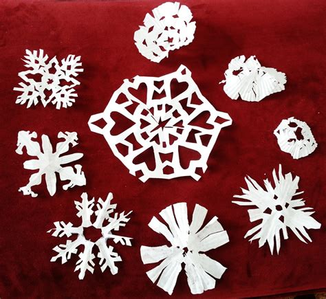 printable snowflake template for cupcakes go adventure mom cupcake paper snowflakes kids holiday