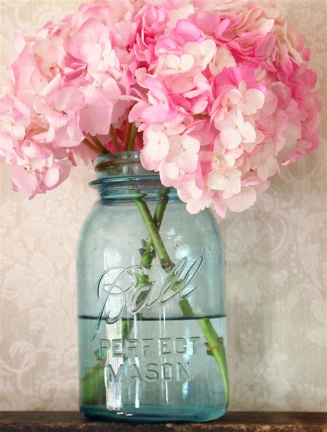 blue mason jar wedding centerpieces to inspire you