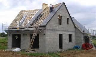 construire sa en bois seul maison moderne