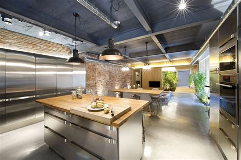 Marvelous Exposed Brick Kitchen #3: Industrial-style-kitchen-for-foodies-with-good-taste-spain-3.jpg