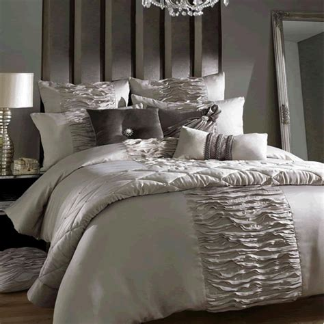 designer bed kylie minogue giana duvet set 550 the bed linen blog