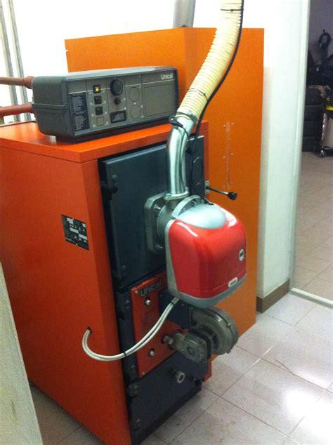bruciatore pellet per camino bruciatore di pellet per conversione caldaie da gasolio a
