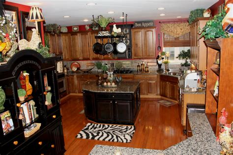 Rooster Themed Kitchen by Black Themed Kitchen