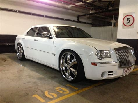 chrysler hemi v8 2007 chrysler 300c 5 7 hemi v8 le my06 car sales qld