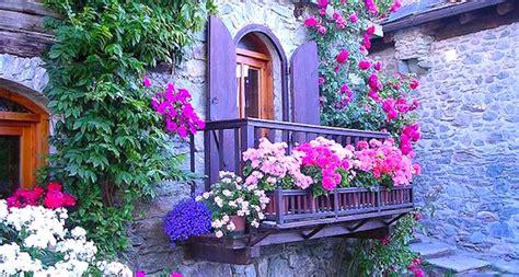 immagini di balconi fioriti unmondobio faidate