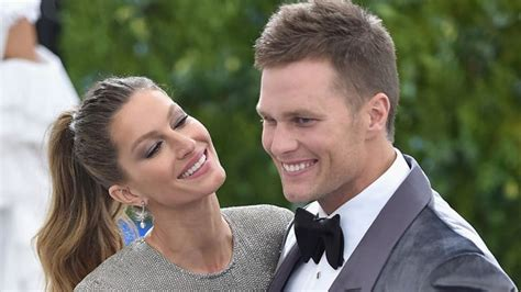 Tom Brady Waits For Giseles Text by Tom Brady Backtracks On Perks Of Road Trip Away From
