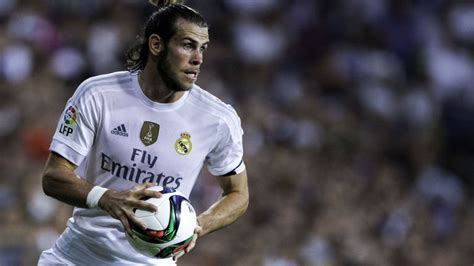 gareth bale i want to help real madrid win six trophies next gareth bale should not play no 10 for real madrid says