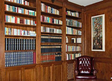 boiserie libreria boiserie su misura artigianali boiserie in legno legnoeoltre