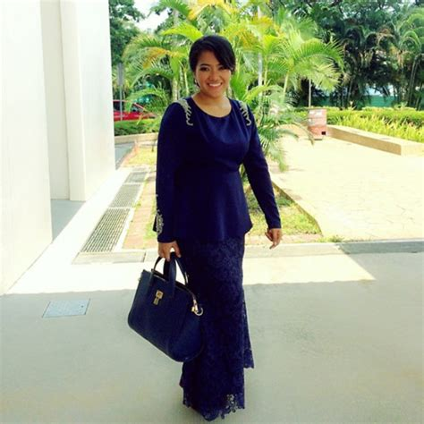 Baju Flag Maxy vercato baju kurung moden vercato nurin shoulder beaded and lace skirt kurung vercato nurin
