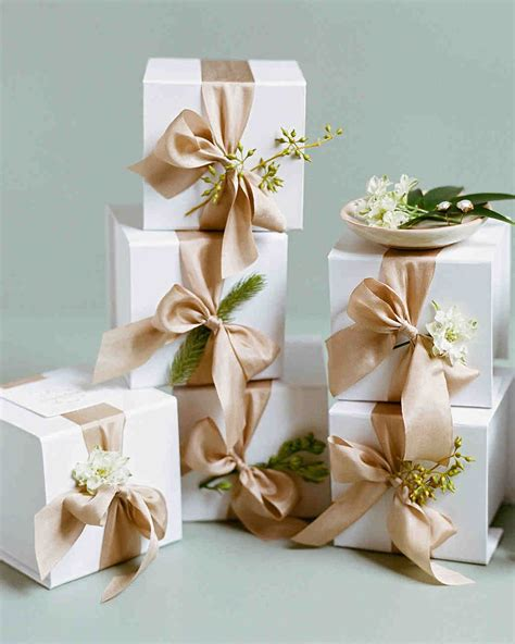 Wedding Favors Martha Stewart by 34 Festive Fall Wedding Favor Ideas Martha Stewart Weddings