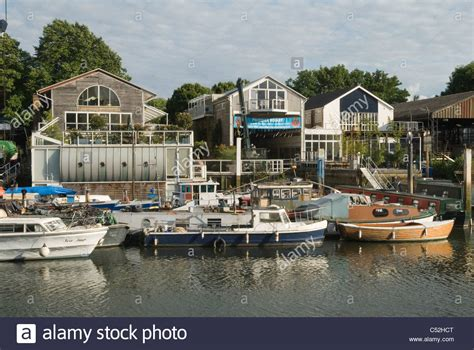 river thames boat yards eel pie island boat yard river thames at twickenham