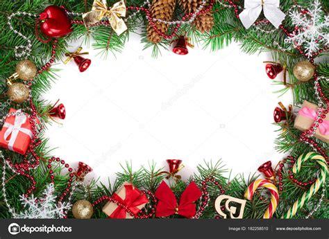cornici di natale cornice di natale decorata isolato su sfondo bianco con lo