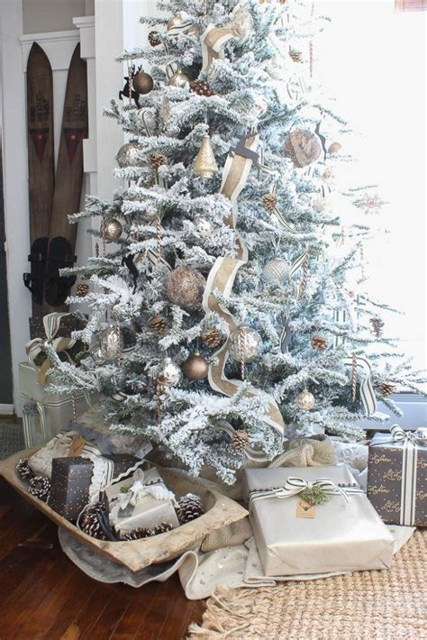 flocked white trees 1000 ideas about flocked trees on