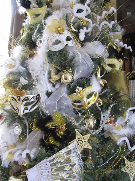 masquerade christmas tree photo closeup christmas
