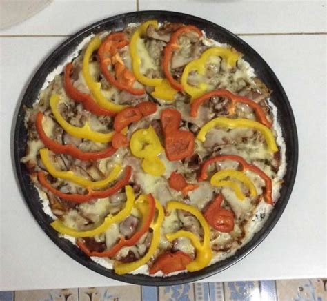 black 4 dollar pizzas thin crust pizza and sauce thailand 1 dollar meals