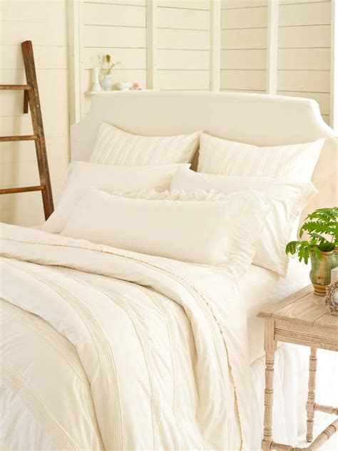 ivory bedding 25 best ideas about ivory bedding on pinterest