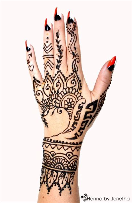 rihanna tribal tattoos hand best 25 rihanna ideas on henna