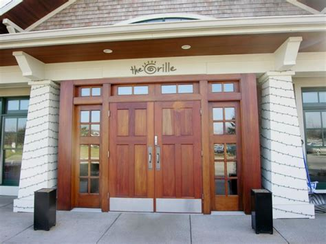Restaurant Front Doors The Grille Restaurant At Watermark Country Club In Cascade