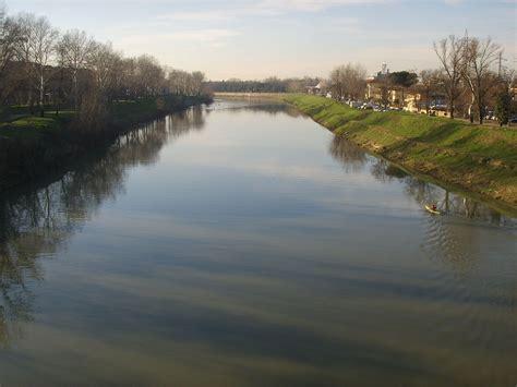 letti di fiumi fiume