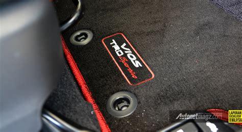 Karpet Mobil Trd karpet dasar dengan bordir trd sportivo