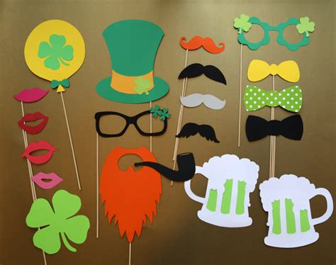 s day photo prop ideas st patrick s day ideas today everyone is