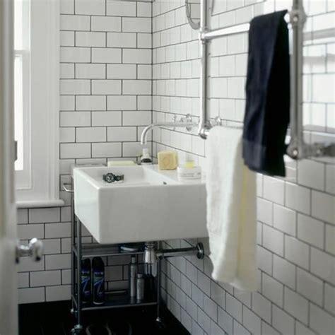 badezimmer quadratisch metro fliesen wei 223 dunkle fuge suche wohnen