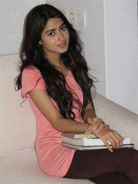 sajal ali without makeup hows she looking without top 10 pakistani actress without makeup