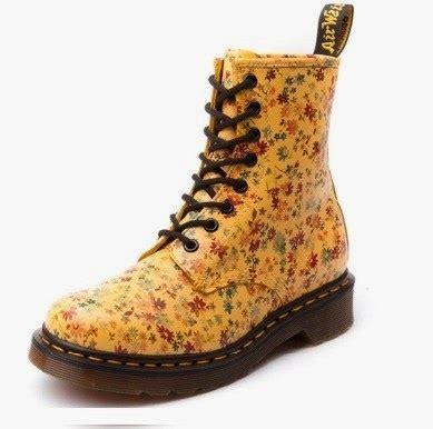 Sepatu Doc Marten Wanita jual berbagai sepatu docmart wanita murah