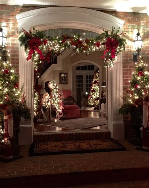 front gate home decor photo credit dianne squire frontgate holiday decor
