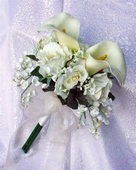 white lily and rose wedding bouquets bouquet idea
