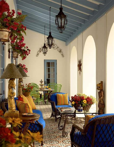 mexican style home decor best 25 spanish patio ideas on pinterest spanish style