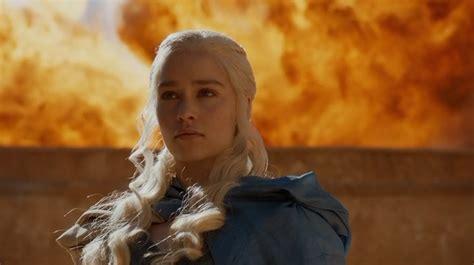 Khaleesi Bathtub by On Of Thrones Daenerys Isn T Breaking The Wheel She S Spinning It