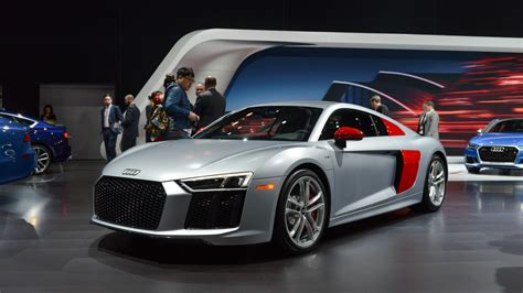 Audi R8 Sport by Audi Sport Edition R8 Colorfully Introduces New