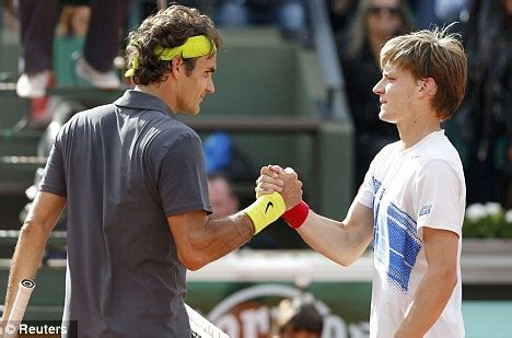 How To Stage A Bedroom French Open 2012 Roger Federer Beats David Goffin Daily