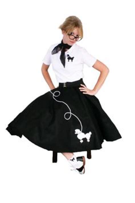50 theme costumes hairdos poodle skirt