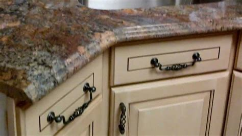 Remove Kitchen Cabinet Kitchen Cabinets Ivory Glaze Finish By Www Pianofinish Com