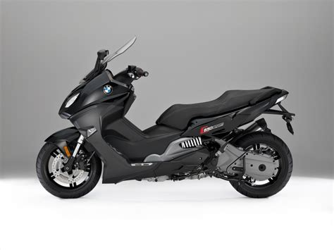 bmw c 650 sport c 650 gt maxi scooters revealed image 381969