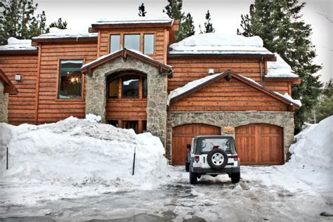 Mammoth Cabin by Mammoth Mountains California Big Yet Cozy Cabin