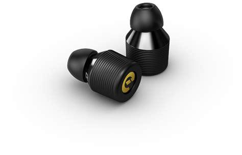 smallest wireless earin the world s smallest wireless earbuds techgeek365