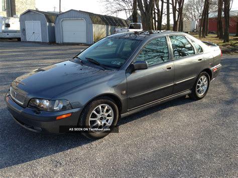 2001 volvo s40 sport edition sedan 4 door 1 9t